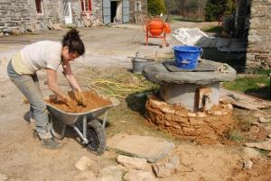 L 39 ane brasseur suivez les travaux - Puit en pierre ...
